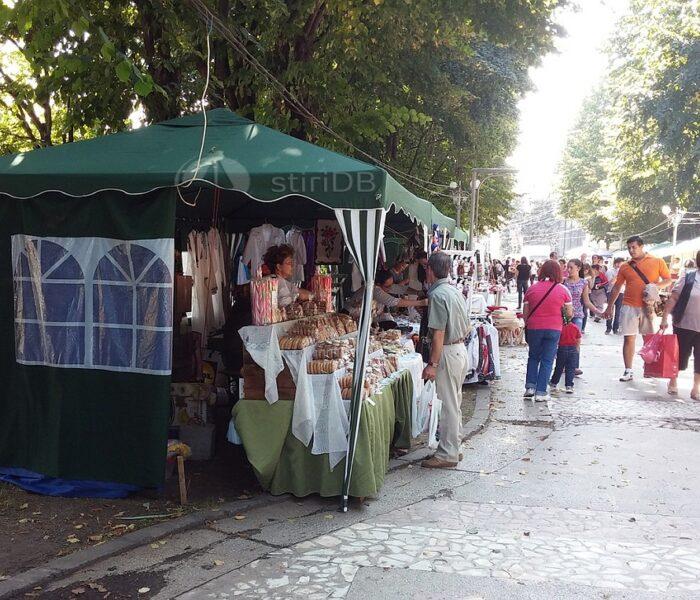 Târgul meşteşugarilor, la Zilele Cetăţii Târgovişte (foto)