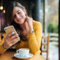 5 accesorii pentru smartphone, adorate de fetele din Targoviste