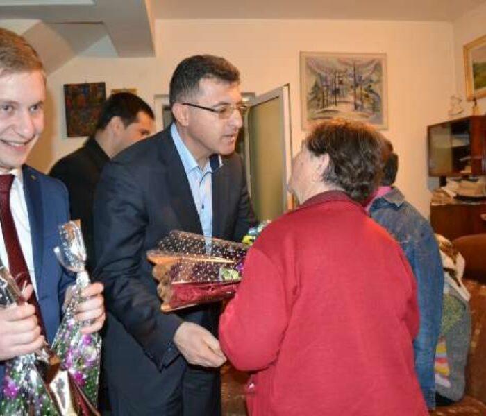 Liberalii târgovişteni, alături de senioara liberală Ecaterina Nicolin, de 8 martie
