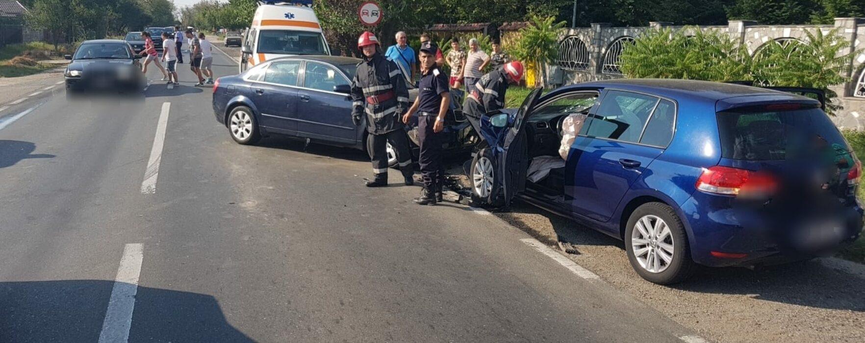 Dâmboviţa: Accident cu cinci răniţi pe DN 71 la Bâldana, un şofer a adormit la volan