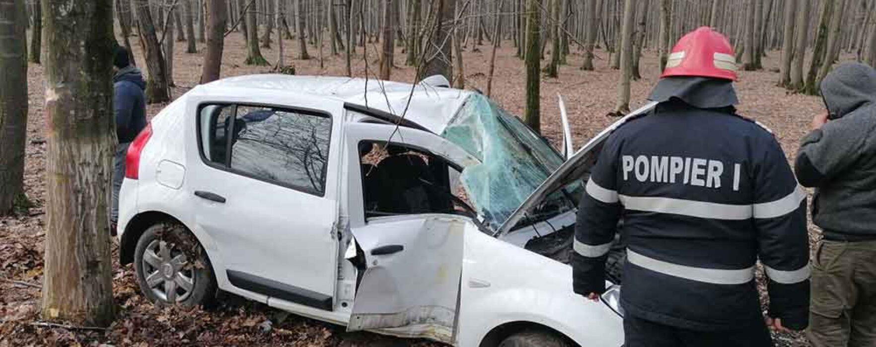 Dâmboviţa: Accident produs de un şofer de 19 ani, la Ciocăneşti; o persoană rănită