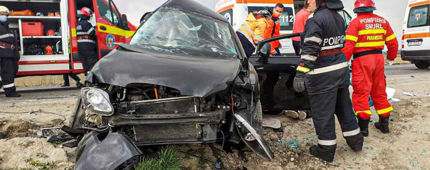 Dâmboviţa: Accident pe DN 7 Bucureşti-Găeşti, două persoane au murit