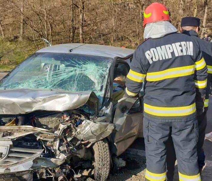 Dâmboviţa: Accident pe DN 72A, la Priseaca, cu două persoane decedate şi două rănite
