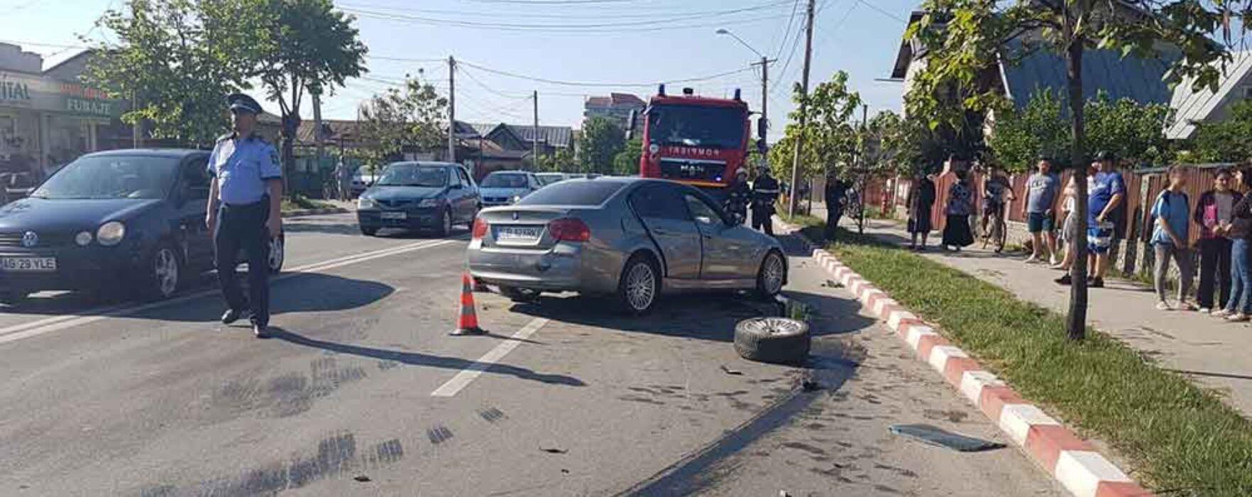 Dâmboviţa: Patru maşini implicate într-un accident; trei persoane rănite