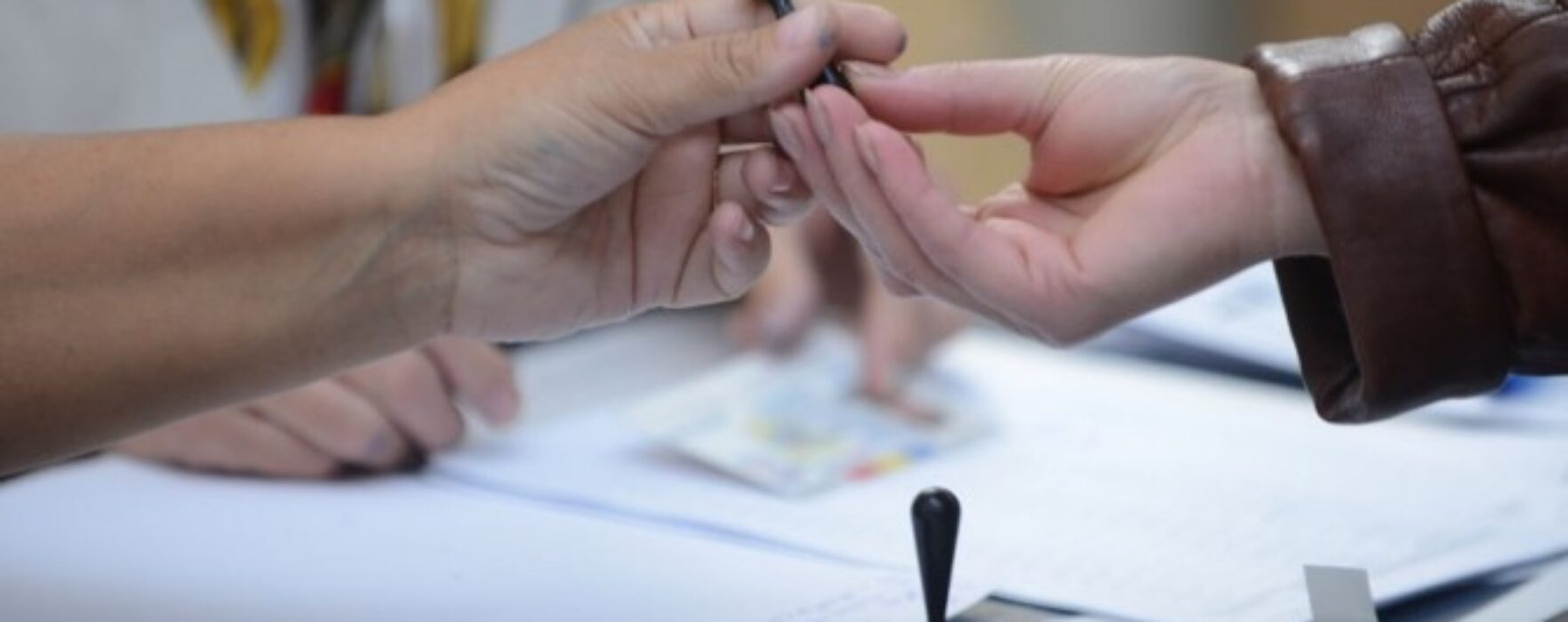 """ReferendumFamilie Dâmboviţa: Prezenţa de 28,98%, au votat """"da"""" 89,2%; cea mai mare prezenţă într-o secţie din Răcari"""