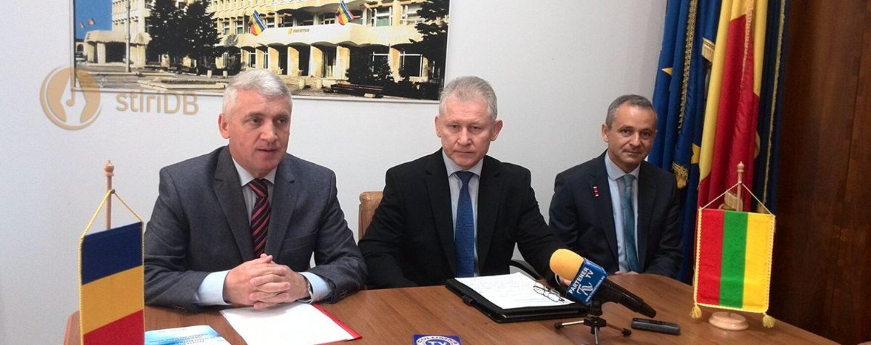 Ambasadorul Lituaniei, prezent la un seminar organizat la Târgovişte de Asociaţia Română pentru Studii Baltice şi Nordice