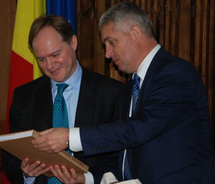 Ambasadorul Marii Britanii, în vizită în judeţul Dâmboviţa