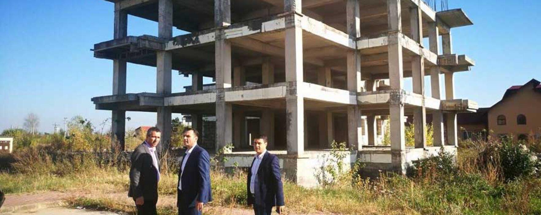 Târgovişte: Se reia construcţia de locuinţe pentru tineri