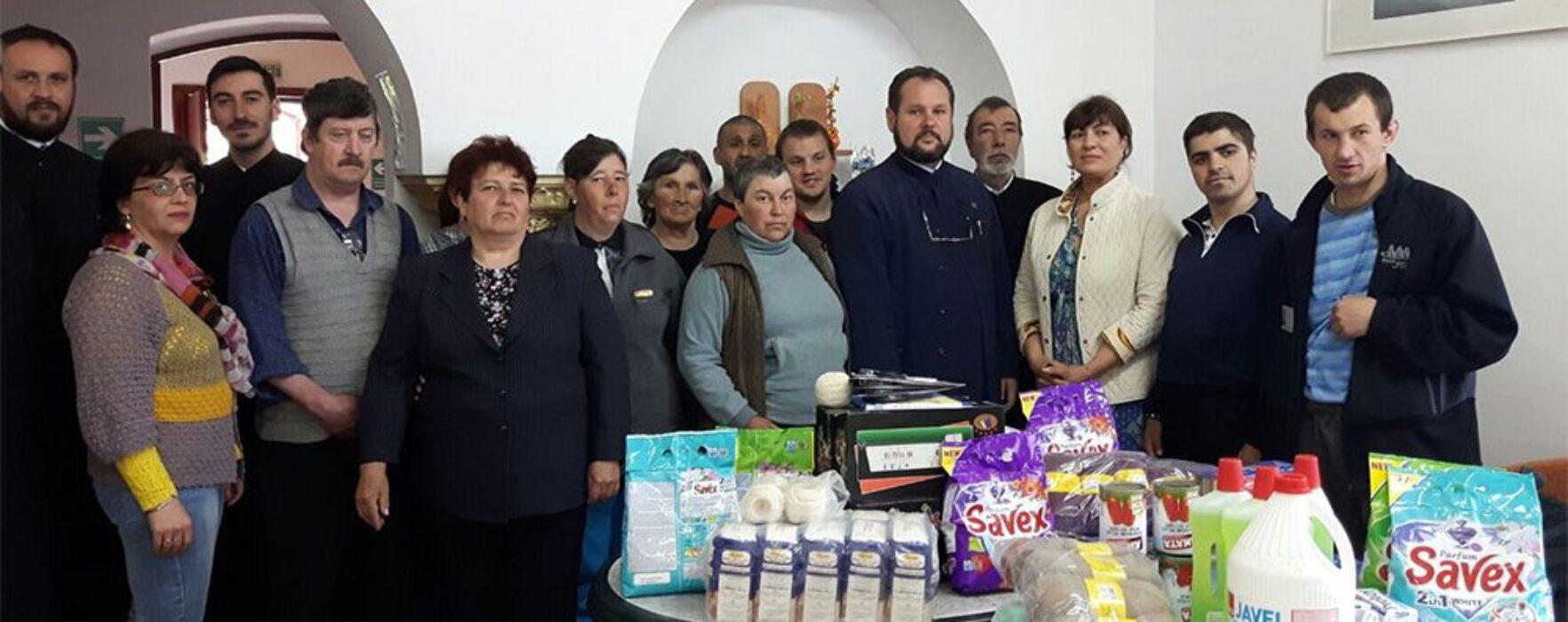 """Arhiepiscopia Târgovişte: Daruri pentru Centrul """"Floarea Speranţei"""" din Pucioasa"""