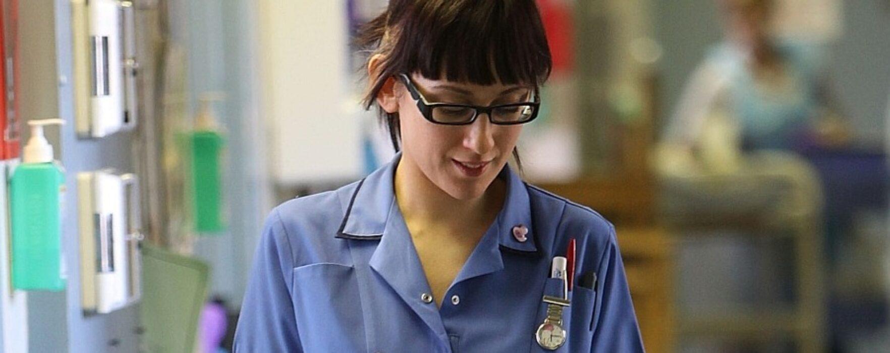 Se caută asistente medicale în Irlanda, salariu 2.000 de euro