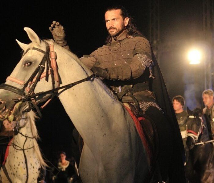 Spectacol medieval pe ruinele Curţii Domneşti din Târgovişte
