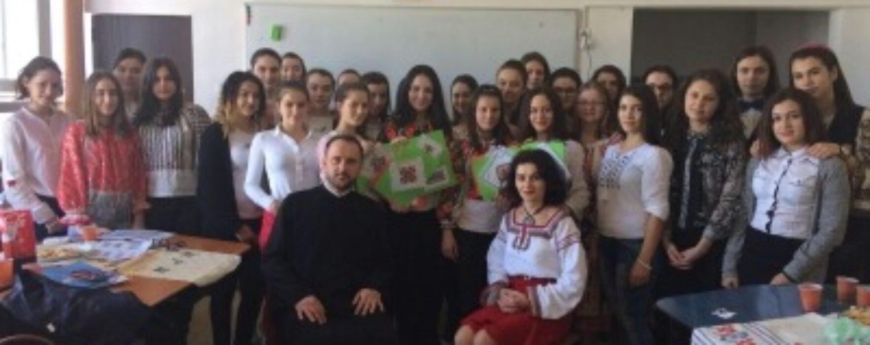 """Arhiepiscopia Târgoviştei: Atelierul de creaţie """"Tradiţie şi continuitate"""""""