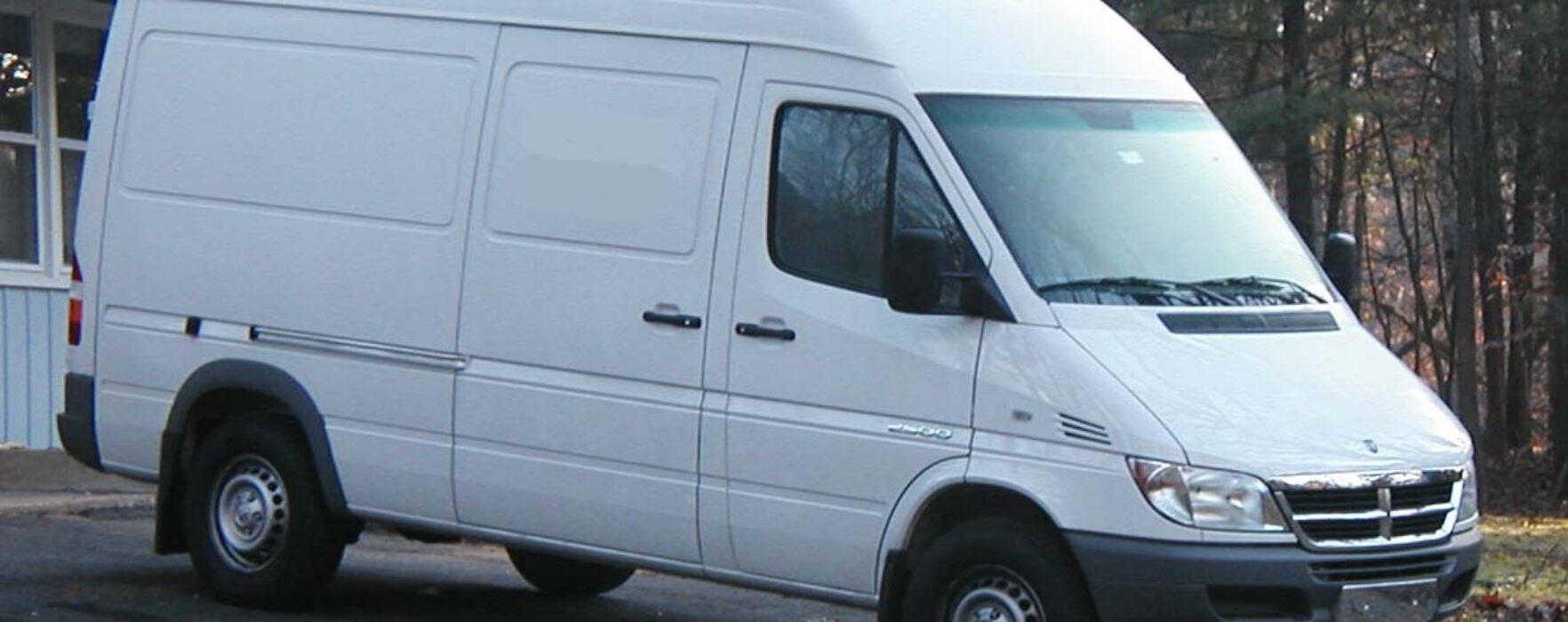 Târgovişte: Bărbat reţinut pentru înşelătorii cu maşini