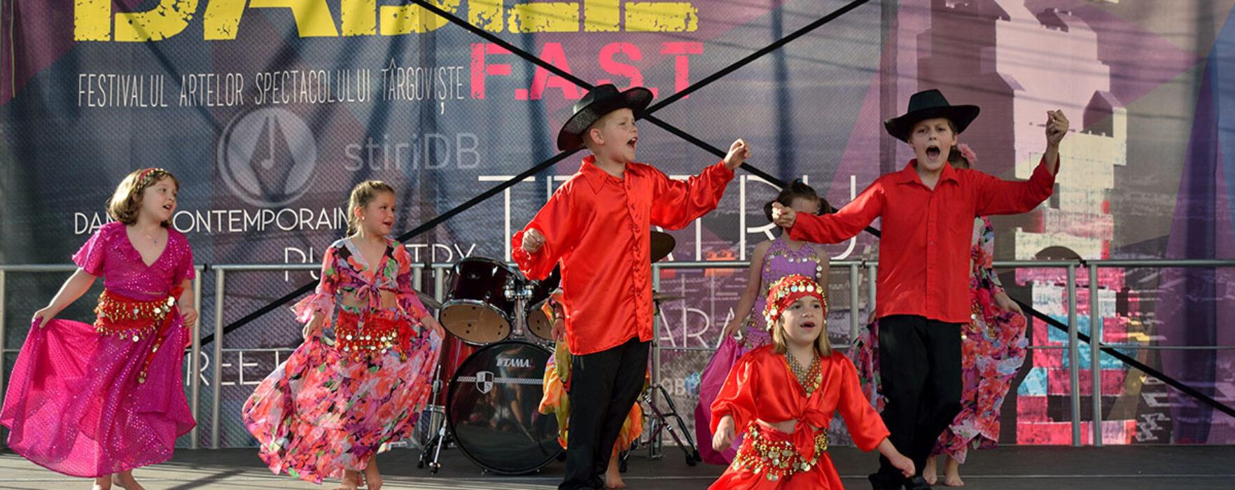 Târgovişte: Spectacole pentru copii, în a doua zi a Festivalului Babel (foto)