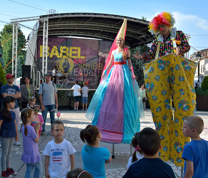 Târgovişte: Programul Festivalului Babel, marţi (6 iunie)