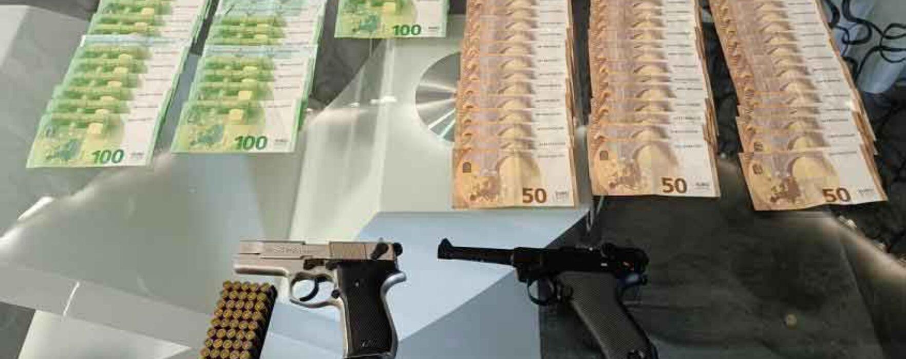 Dâmboviţa: Prinşi în flagrant în timp ce practicau ilegal jocuri de noroc, poturile erau de mii de euro