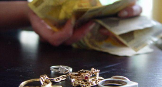 bani bijuterii