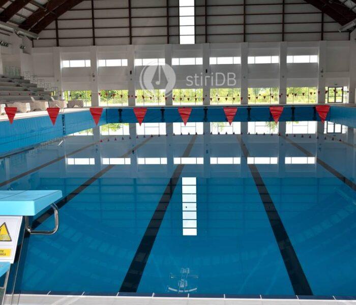 Târgovişte: Concurs de înot pentru copii, la Complexul Turistic de Nataţie