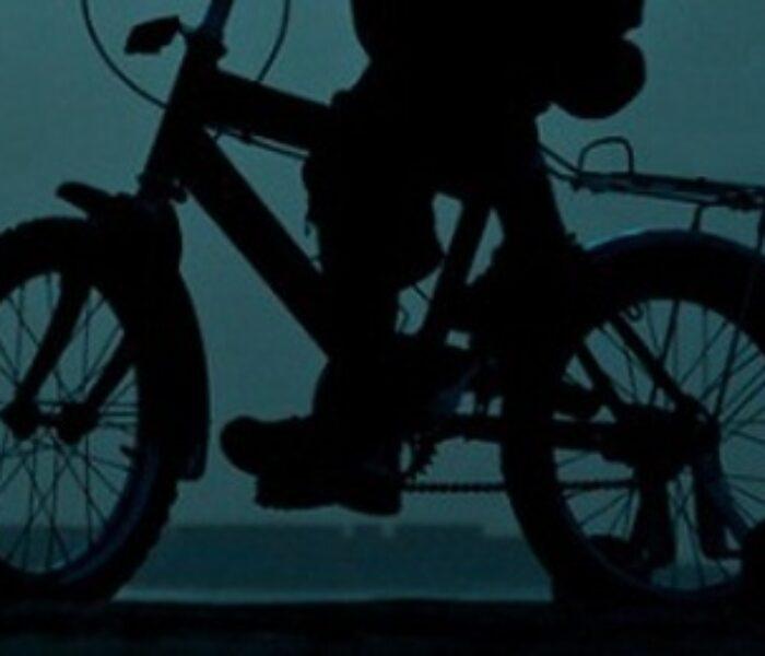 Doi copii intoxicaţi cu gaz de sondă în timp ce se plimbau cu bicicleta în zona Adânca-Bucşani