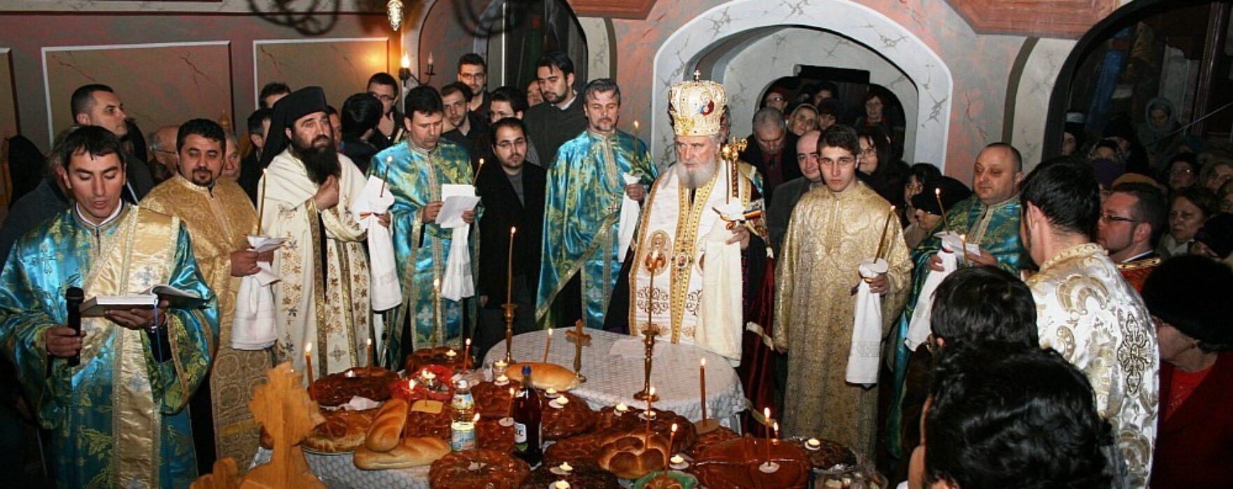 """Arhiepiscopul Târgoviştei – Nifon, la hramul Bisericii """"Sf. Antonie cel Mare"""""""