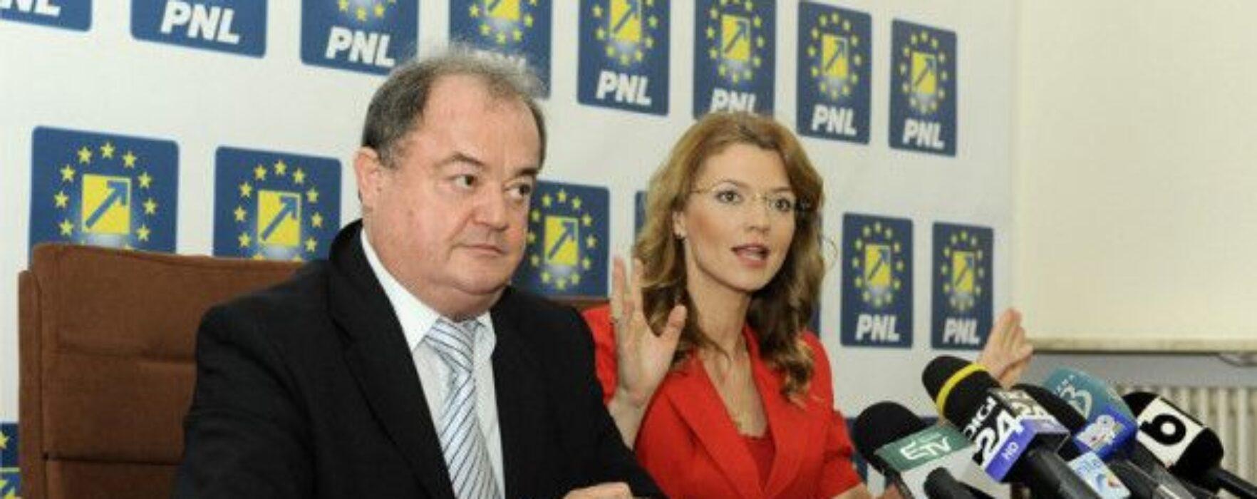 Copreşedinţii PNL Blaga şi Gorghiu, prezenţi vineri la Târgovişte