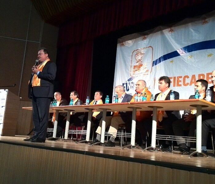 Vasile Blaga a lansat campania electorală a PDL în Dâmboviţa (VIDEO)
