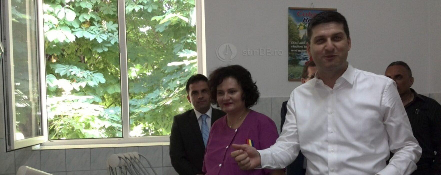 Cabinet stomatologic, la Liceul Nicolae Ciorănescu (nr.1) din Târgovişte
