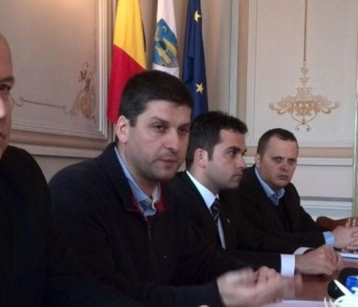 Gabriel Boriga (primar Târgovişte): Dacă se suspendă cursurile o săptămână, se rezolvă problema încălzirii în şcoli (VIDEO)