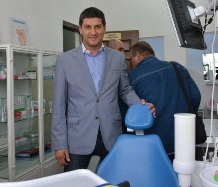 Cabinetul stomatologic de la Şcoala Mihai Viteazul Târgovişte a fost modernizat