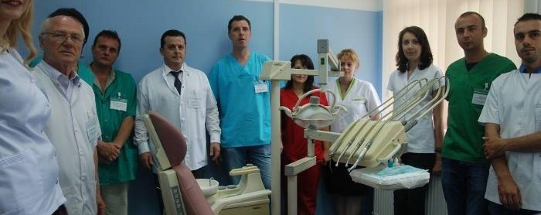 Cabinet stomatologic pentru urgenţe, la Spitalul Judeţean Târgovişte