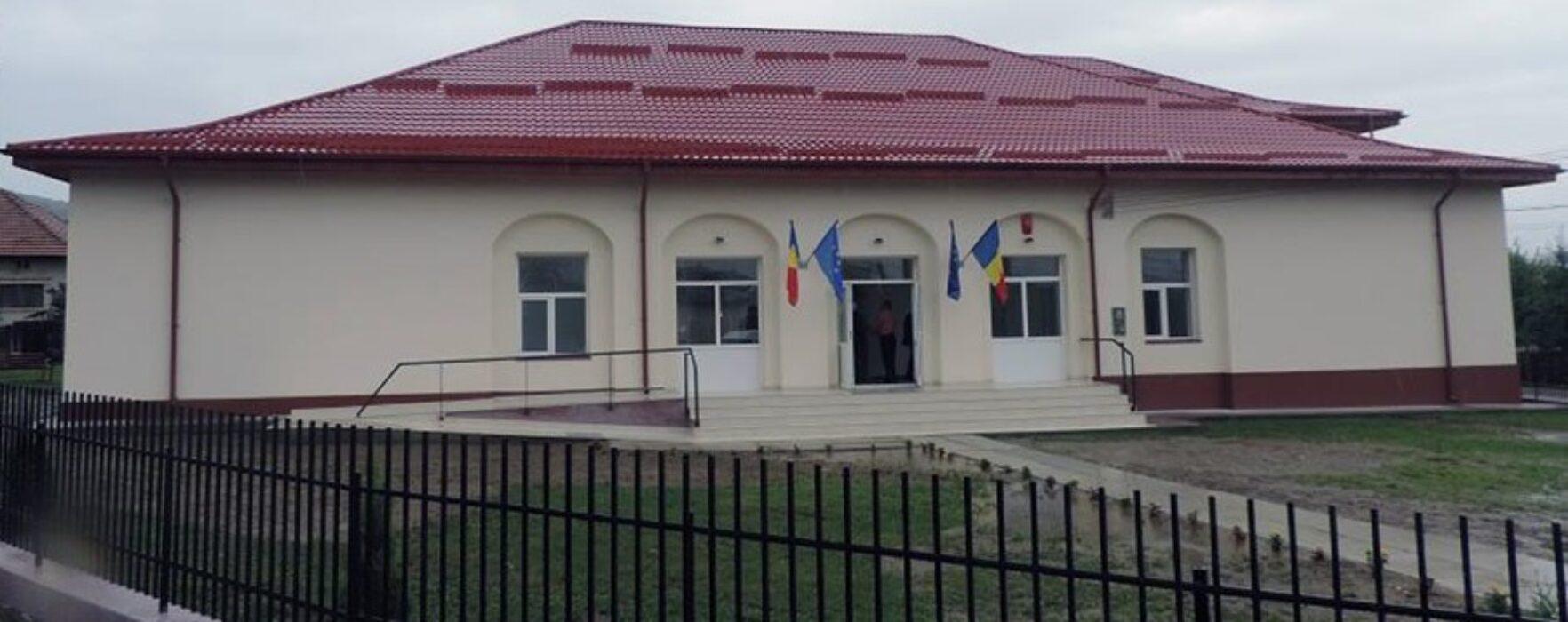 Dâmboviţa: Cămin cultural, inaugurat la Cândeşti