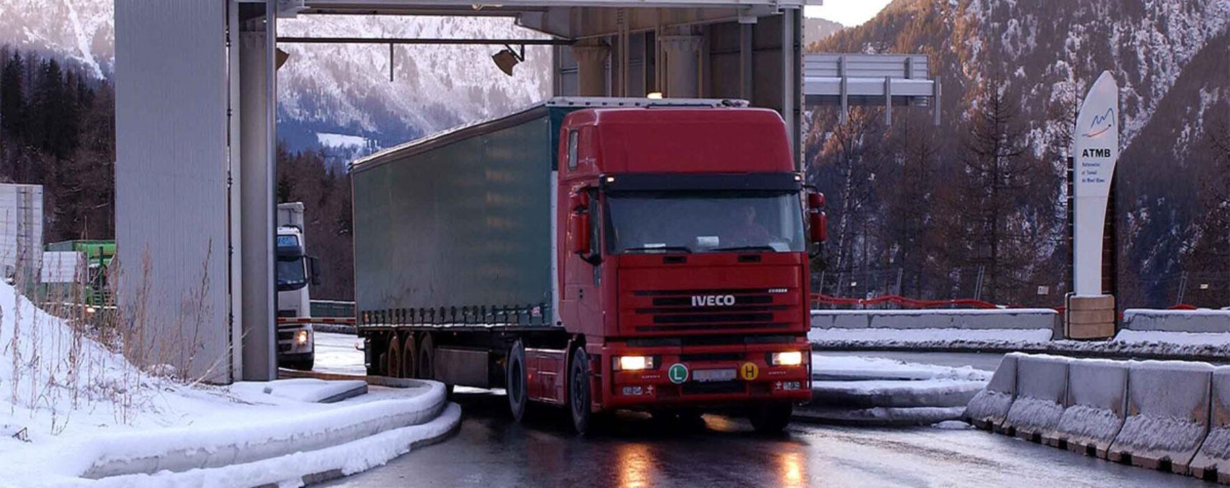 Se caută şoferi de camion în Slovacia, salariu 800 de euro