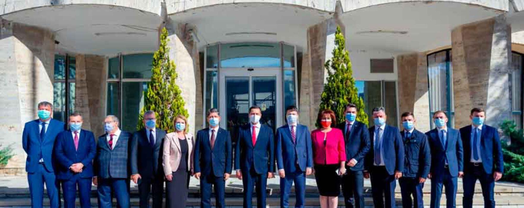 #parlamentare PSD Dâmboviţa: Titus Corlăţean deschide lista la Senat; Ioan Vulpescu şi Carmen Holban la Camera Deputaţilor