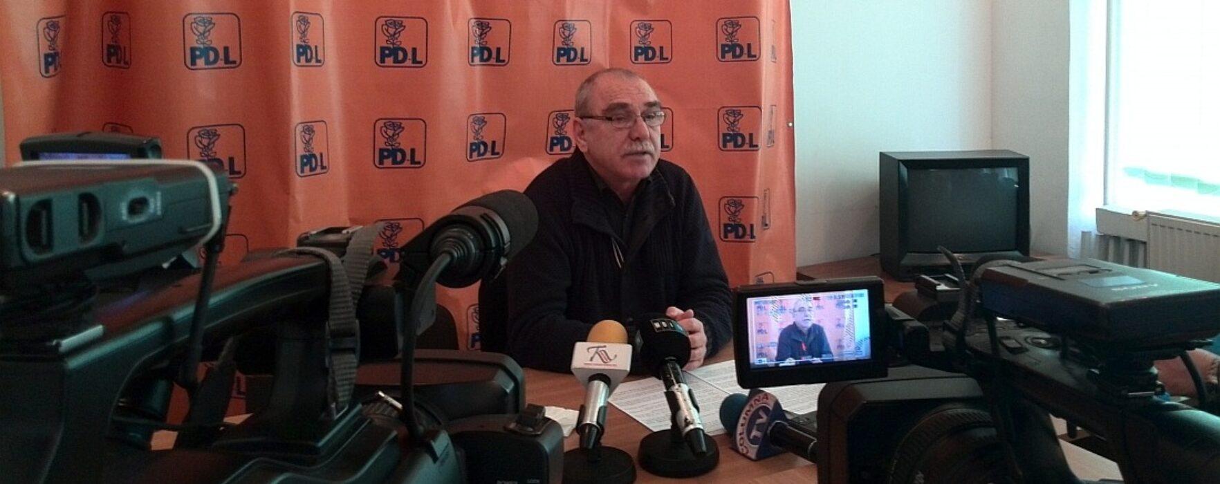 Copreşedintele PNL Târgovişte, Iancu Caracota, anunţă că s-a mutat la Paris