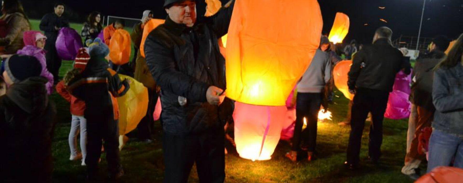 Oraşul Răcari a marcat Ora Pământului, de pe stadionul din oraş au fost lansate lampioane