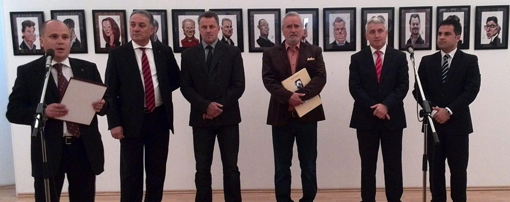 Expoziţie de caricatură Marian Avramescu, la Muzeul de Istorie Târgovişte (video)
