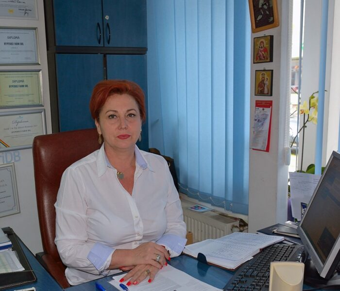 Carmen Holban și Farmacia Hyperici recomandă Homeovox în caz de răgușeală sau laringită