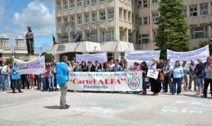 cartel-alfa-protest