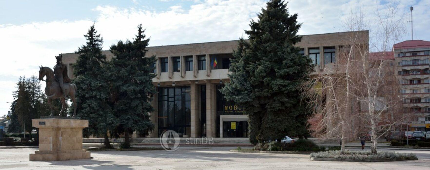 CJ Dâmboviţa va repara Casa Sindicatelor din Târgovişte şi va deveni coproprietar