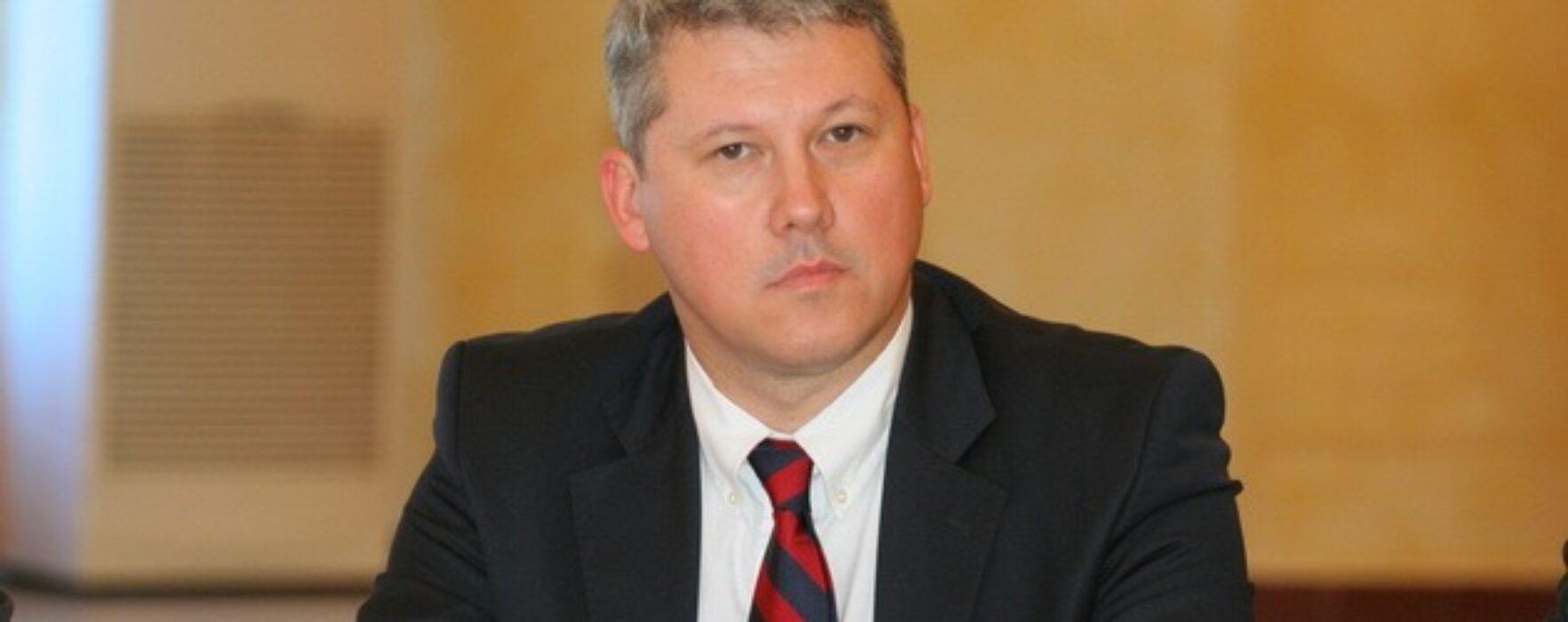 Cătălin Predoiu a obţinut 84%, în Dâmboviţa, la alegerile interne PDL pentru desemnarea candidatului la preşedinţie
