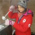 Târgovişte: Ceai cald oferit trecătorilor pentru a face faţă gerului