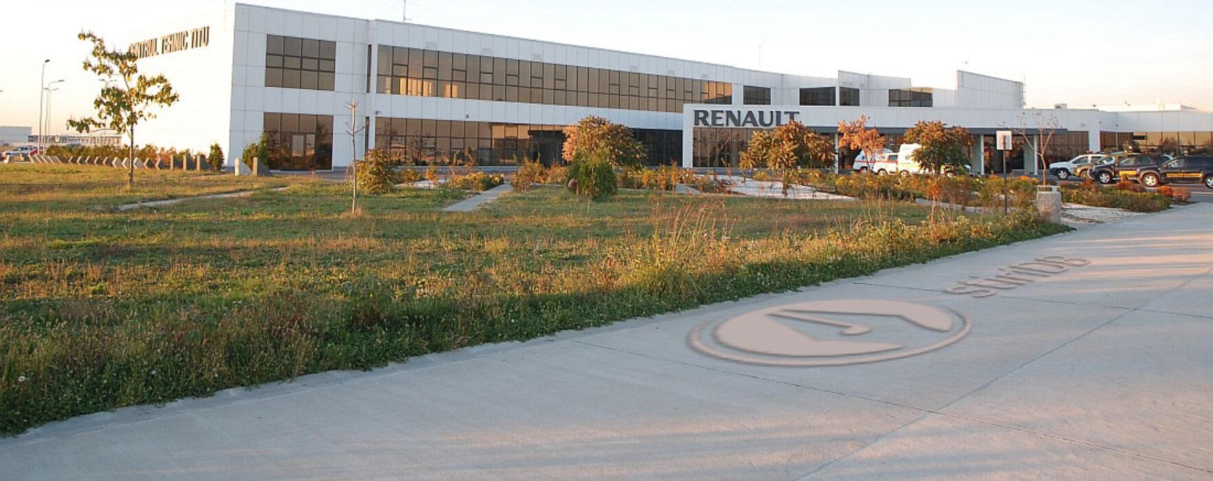Director Centru Renault Titu: Lărgirea la patru benzi a DN 7 o aşteptăm ca pe aer
