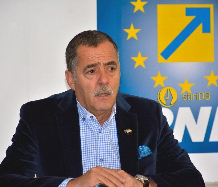 Cezar Preda deschide lista candidaţilor PNL Dâmboviţa  la Camera Deputaţilor
