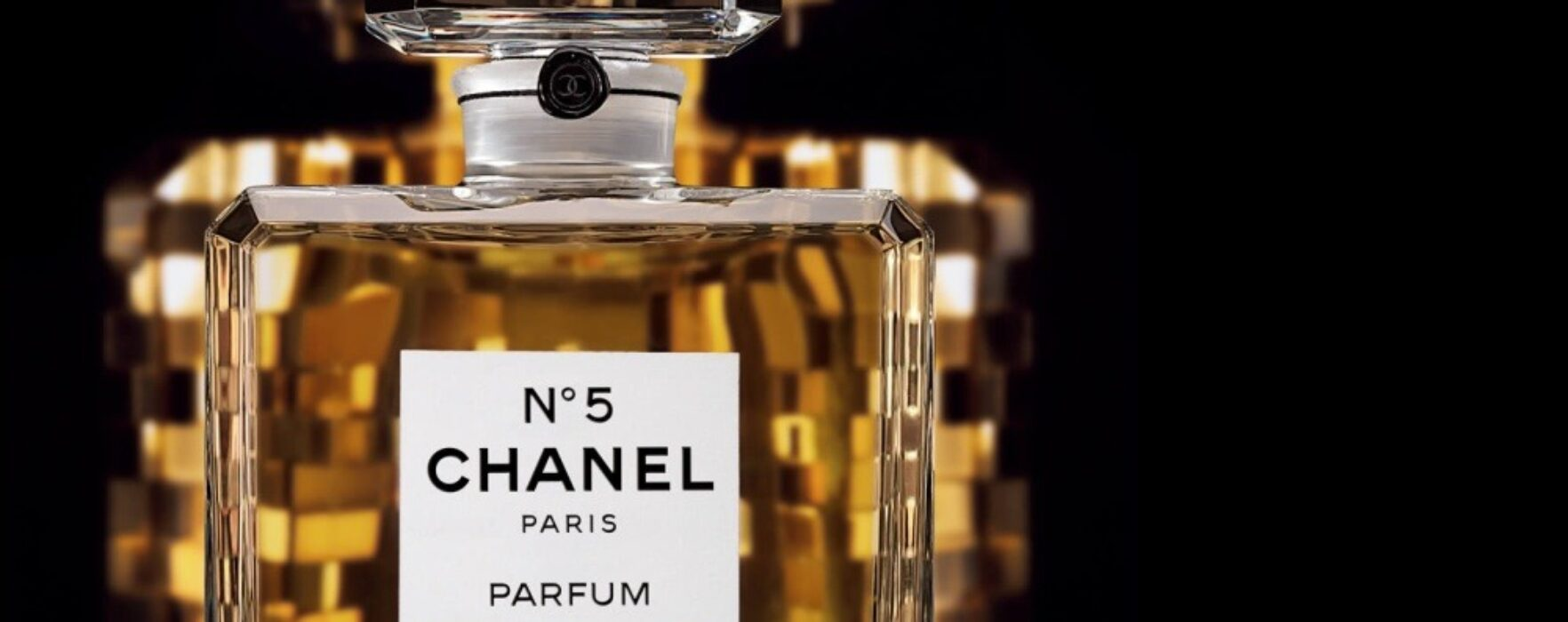Chanel și Dior ar putea să modifice compoziția parfumurilor, ca urmare a unor reglementări europene