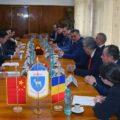 Dâmboviţa: Viceguvernatorul Provinciei Guangxi invită o delegaţie din judeţ la expoziţia ASEAN de la Nanning