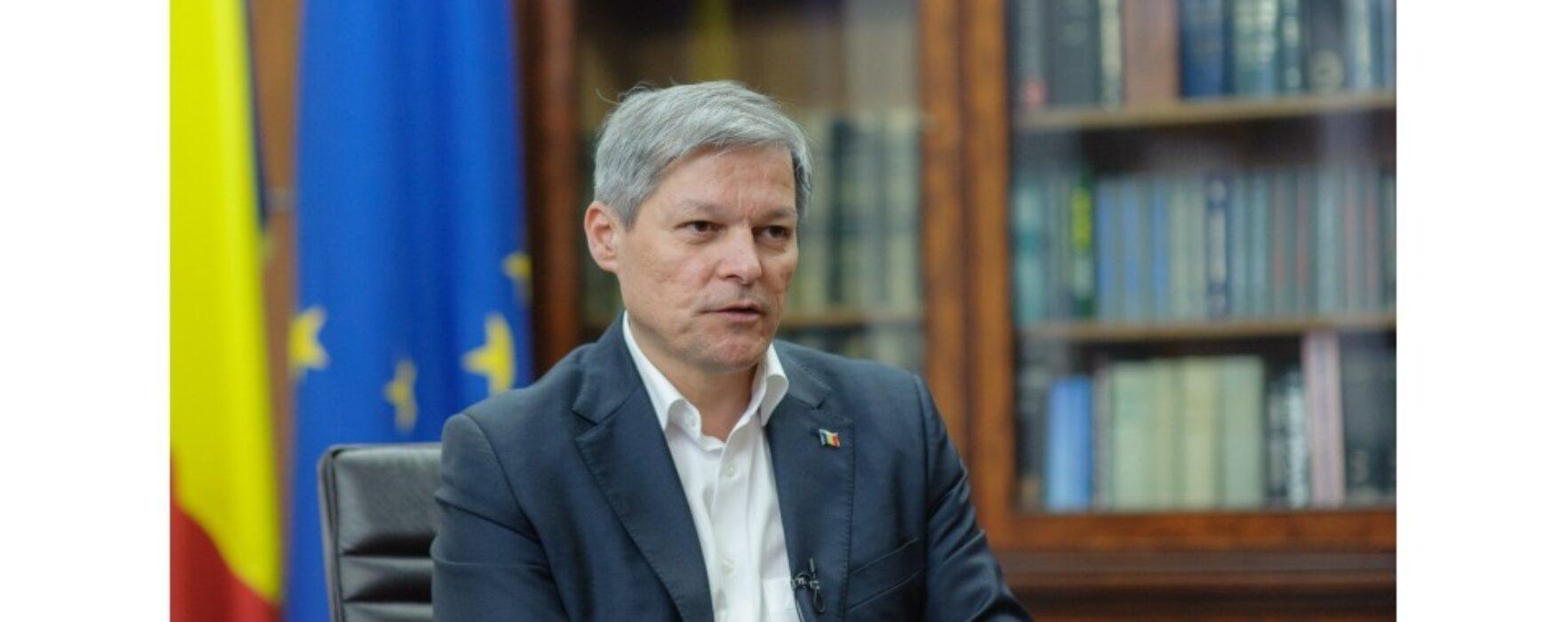 Dâmboviţa: Fostul premier Dacian Cioloş implicat într-un accident uşor, la Ulmi