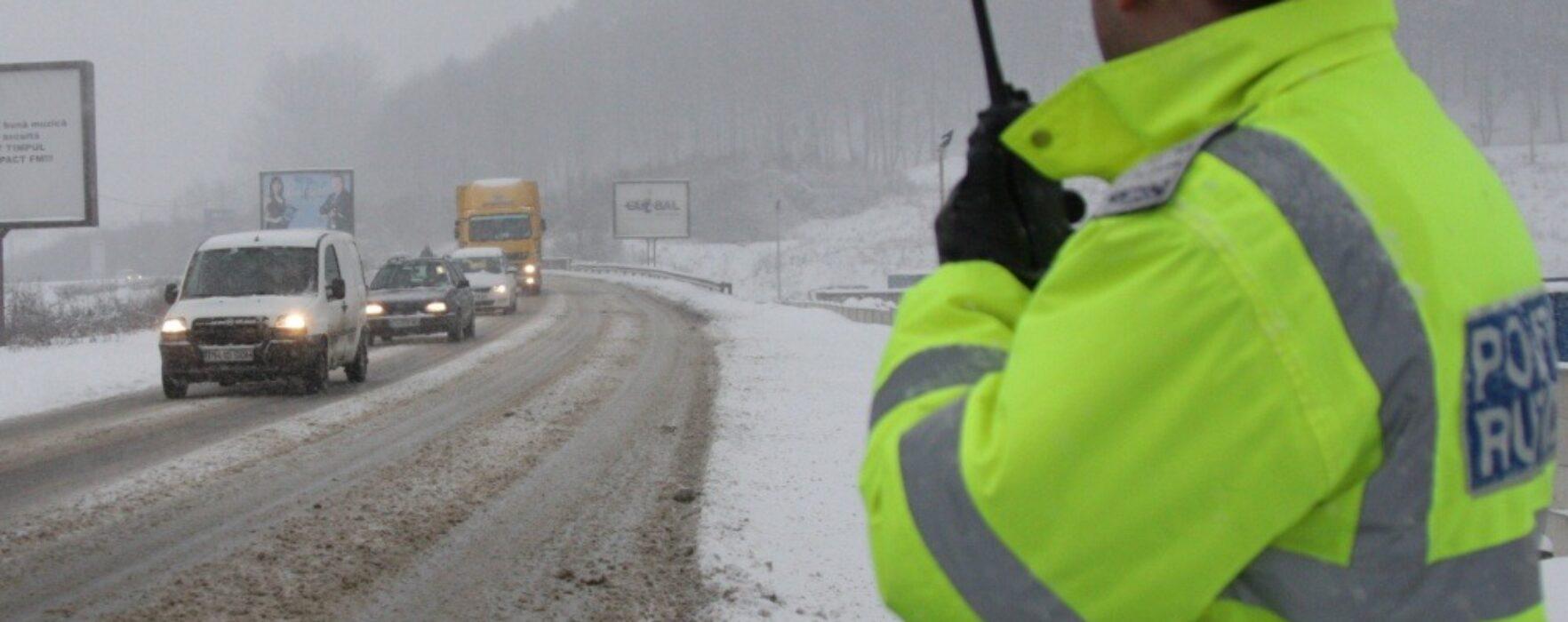Dâmboviţa: Mai multe accidente s-au produs în judeţ din cauza poleiului şi zăpezii de pe carosabil