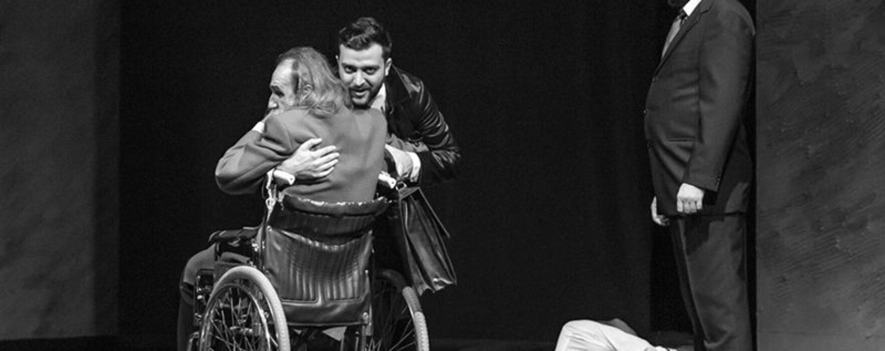 """Spectacolul """"Closer"""", sâmbătă la Teatrul Tony Bulandra Târgovişte"""