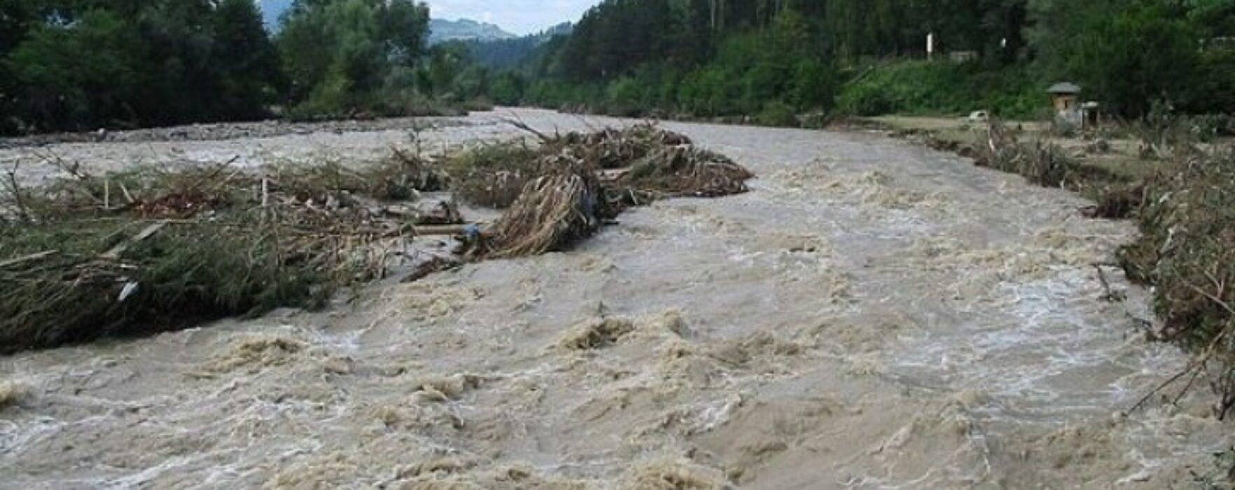 Dâmboviţa: Cod Portocaliu de inundații pe râul Neajlov
