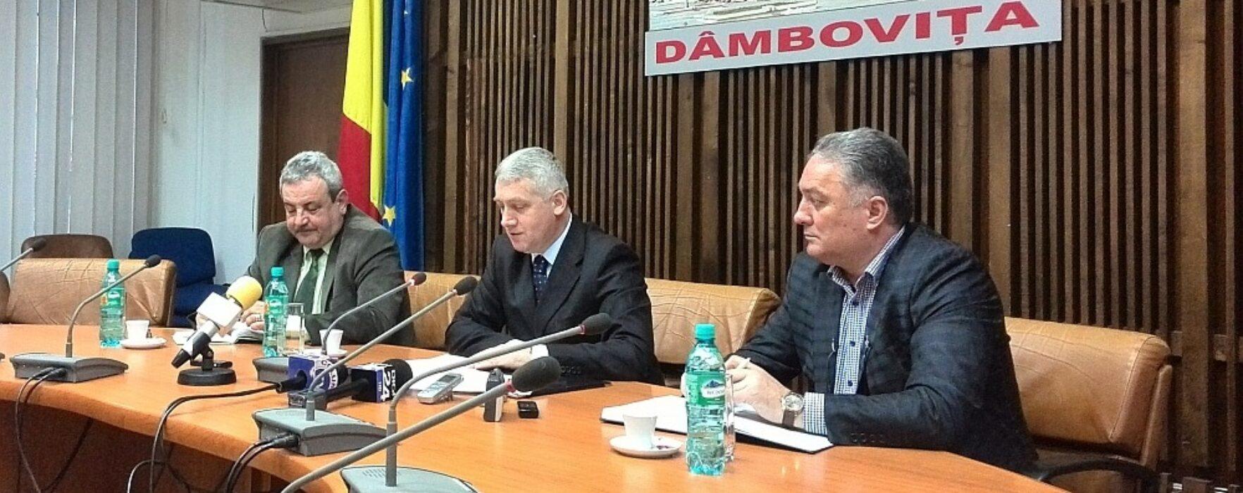 Adrian Ţuţuianu (preşedinte CJ Dâmboviţa): Sunt două variante pentru reluarea transportului feroviar pe ruta Târgovişte-Pietroşiţa